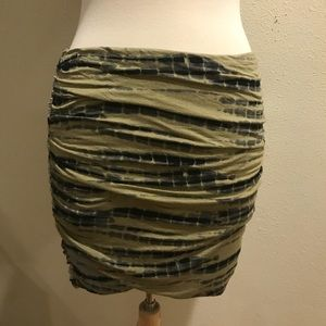 FREE PEOPLE SKIRT Sz M can also be worn a tube top